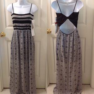 NEW Trixxi Black & White Smocked Maxi Dress